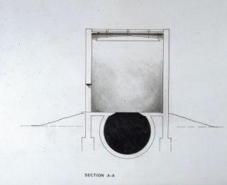 男子去美術館驚見「奇怪黑點」 一走過去直墜2.5公尺黑洞!館方:是藝術品啦