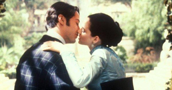 男神基努李維「26年前就結婚了」!導演:當時請來的牧師是真的