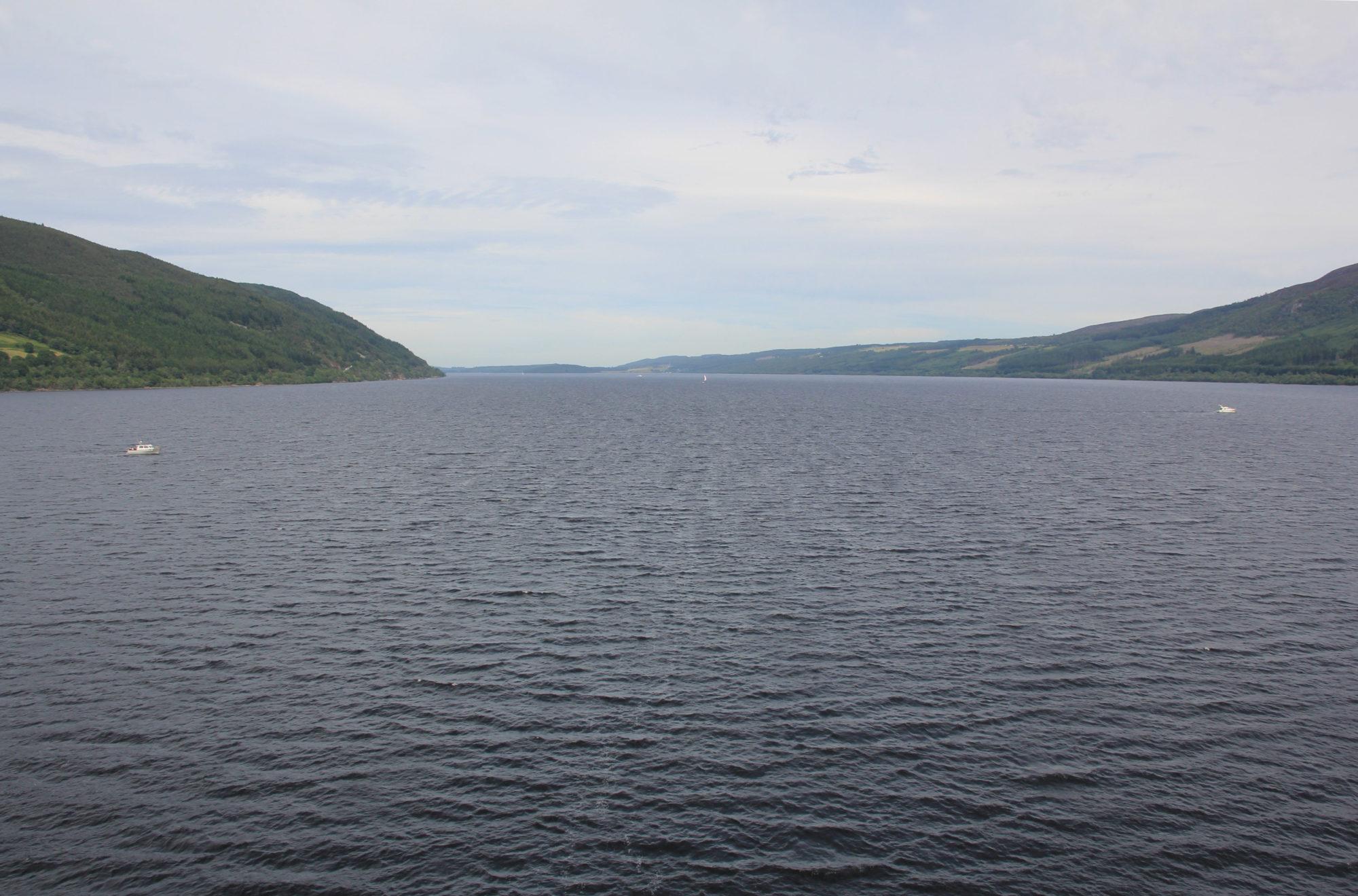 12歲女孩拍到「尼斯湖水怪湖面探頭」 專家興奮:27年來最棒證據