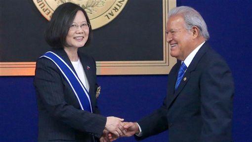 2年斷5國!中國「多重金援薩爾瓦多」打壓我國外交 台灣僅剩17個邦交國