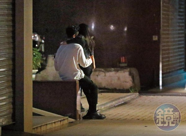 BY2姐Miko「東區深夜調情」 搭上高雄企業二代:他在追我呀~