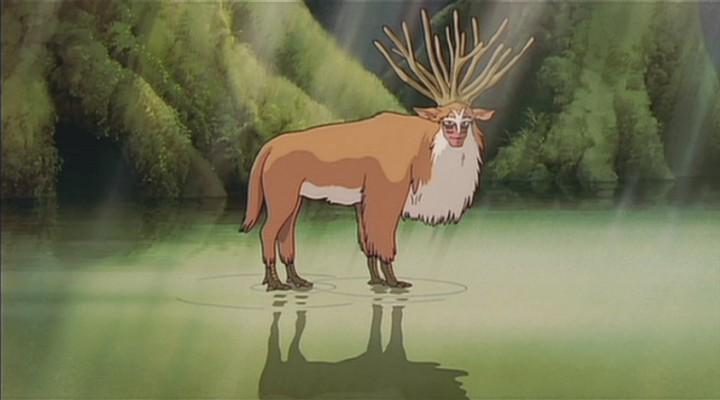湖邊驚見「山神」集體過河 超仙畫面根本是現實世界中的《魔法公主》!