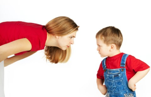 當小孩的皮都鐵做的?童年10大「打小孩刑具」回味篇:愛的小手只是初級版