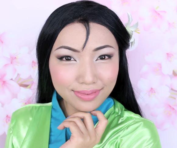 她用化妝分飾「迪士尼15個角色」 連《美女與野獸》的野獸都100%相似啊!