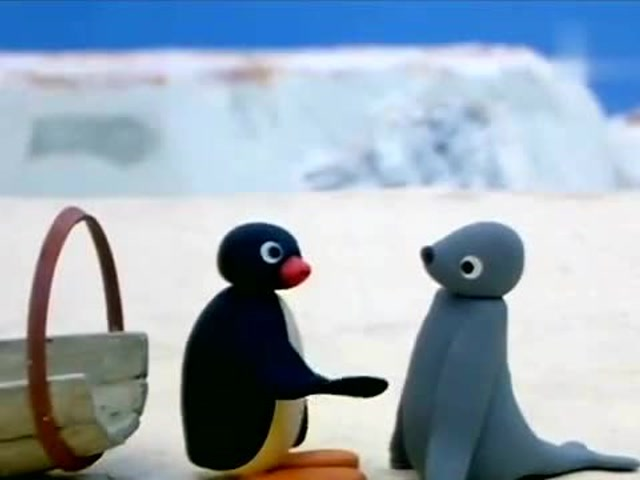 傻眼海豹!睡到一半「白目企鵝」跳上來 超浮誇哀嚎:林北的腰啊~