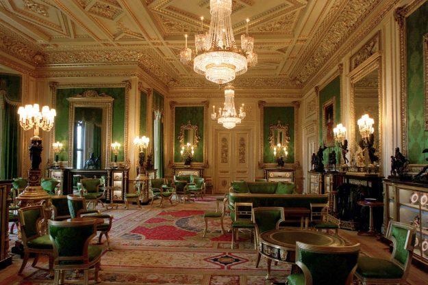 英國皇室徵才囉!女王急找「城堡管家」 天天都能貼近喬治小王子...申請網址塞爆炸