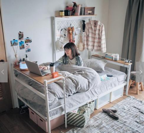 日本推出寵壞人類的「小廢物家具」 讓你躺著爽爽過冬天:一張床包辦整個家!
