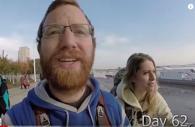 挑戰911天不刮鬍子!環遊世界2年半後「宅宅→霸氣海格」老婆也認不出啦~