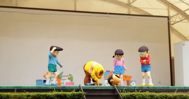 哆啦A夢舞台劇變驚悚現場!胖虎變麵包超人「頭直接飛出去」:又一個童年被毀了