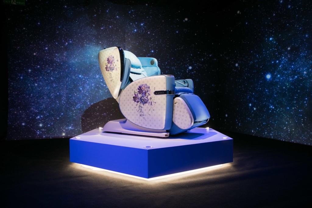 保健龍頭 領先群雄2018強打新作 「OSIM 4手天王」突破性4手按摩科技 打造神秘按摩旅程