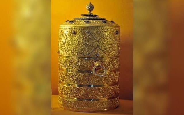 4億黃金鑽石古董盒被竊!笨賊拿來爽爽「裝飯吃」:反正賣不出去