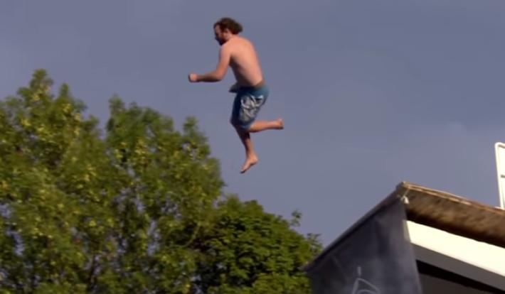 姿勢越鬧越高分!挪威「恐怖跳水」只有勇者敢參加 不小心肚子就破了...