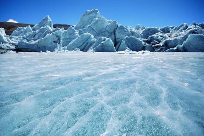 南北極BYE~青藏高原冰峰危機 「亞洲水塔」1小時2次冰崩...大自然就快調解不了