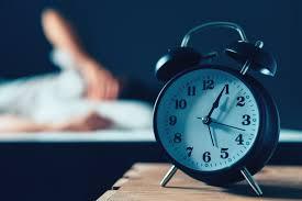 總是睡到一半就醒來?幾點失眠是身體的警告 「凌晨3點代表對生活絕望」