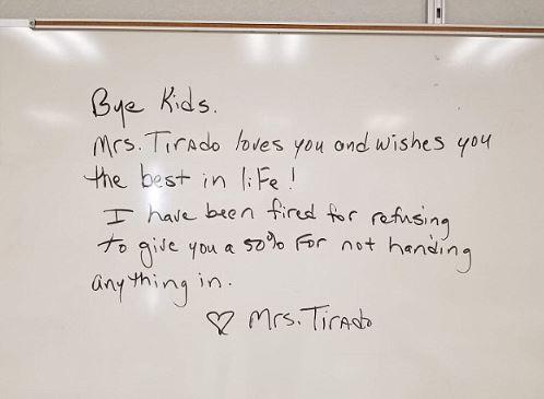 校方規定「作業最低只能打50分」 老師擔心「學生會沒有未來」卻收到開除通知