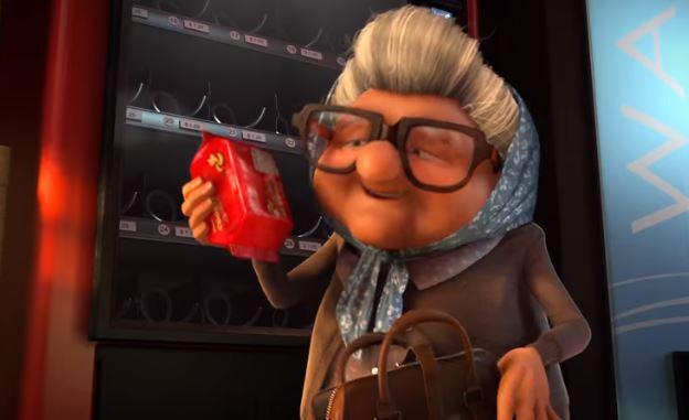 噴淚動畫/手上餅乾被陌生人偷吃!奶奶憤怒指責伸手屁孩 離開後才驚覺:原來錯的是自己