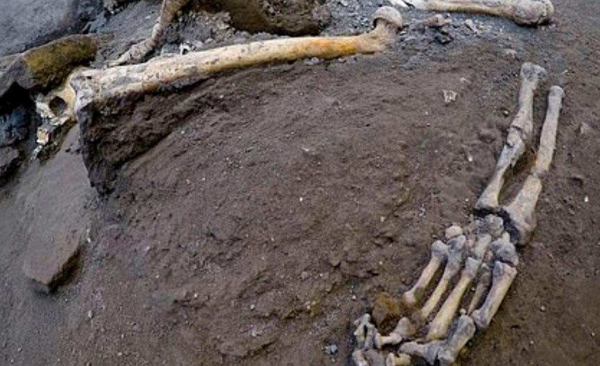新發現出土...奇特銘文竟代表「龐貝滅城時間」 比原本推斷時間晚了2個月!