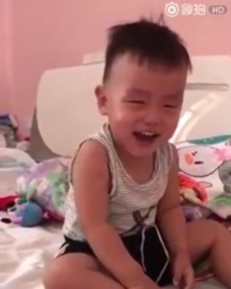 聲音片/假哭弟「哭到笑出來」 魔性神轉變超洗腦:就知道你在演!