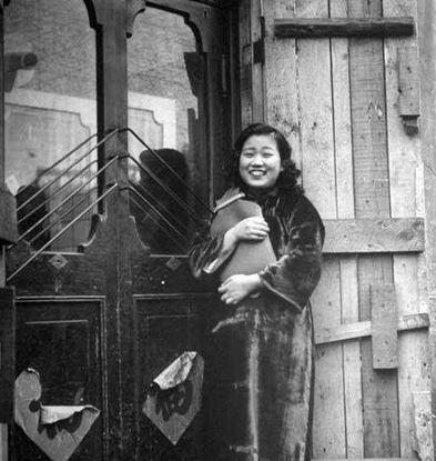 10張1946年瀋陽「酒家小姐選妃照」 講了觸霉頭的話就要貴在管仲像前懺悔...