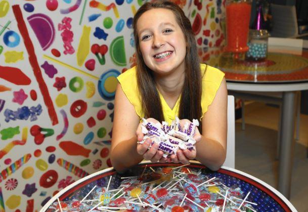 爸爸不喜歡我吃糖!12歲妹子發明「不會蛀牙棒棒糖」 直接拿下亞馬遜熱銷排行