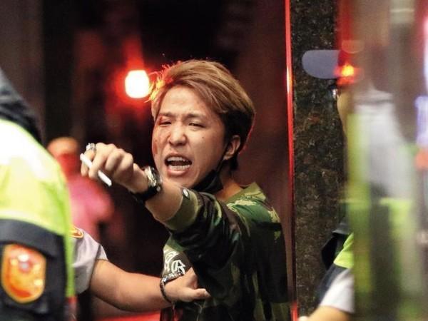 春風生日趴「大根最掛彩」 火拼結果監視器全錄下...警方:喝醉的人真的狂X他!