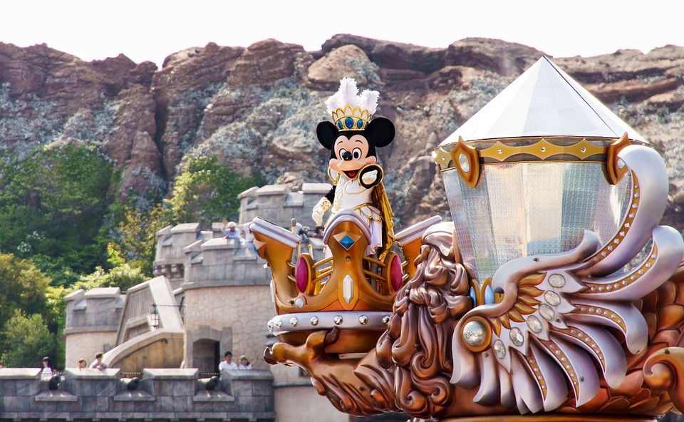 聽到「HEPA」快閃!迪士尼證實遊客帶「親友離別粉末」到處灑 熱門灑灰景點曝光