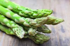9種「需要被放進大腦裡」的食物冷知識 男人吃蘆筍「女友直接退兩步」...那裡會很臭!