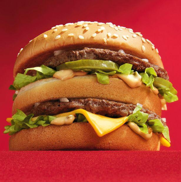 80歲老夫妻「每天都吃麥當勞」變榮譽客人 連吃23年的「體重變化」證明大家都被騙了!