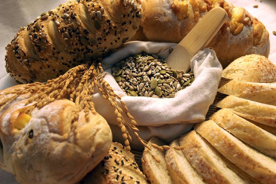 4種超常見食物其實「含了超噁添加物」 便宜麵包裡可能有「你不想吃到的毛」!