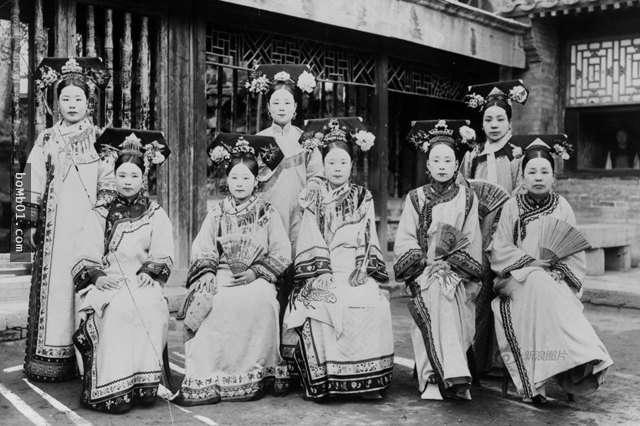 別再被電視劇騙了!中國「5個朝代」女子服裝大比拼 清朝的跟包肉粽沒兩樣...