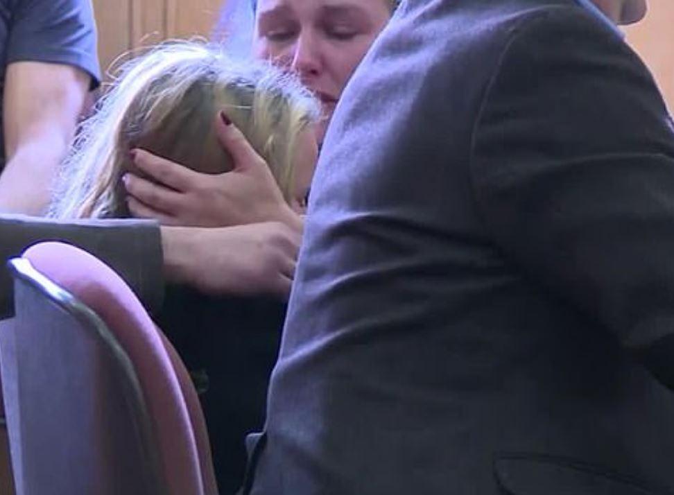 6月嬰兒「可愛小臉壓成圓餅」 家人按線索找到兇手卻下不了手...她才10歲!