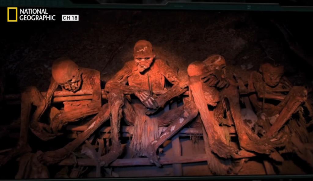 天然熊厚!60年古法製作木乃伊 「抱緊緊之後直接窯烤」保證拆開臉蛋你還認得出來