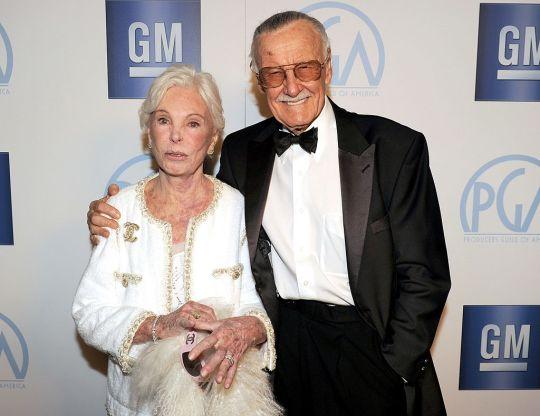 英雄老爸謝幕!漫威之父Stan Lee「救護車來不及搶人」享壽95歲 女兒:他離開了