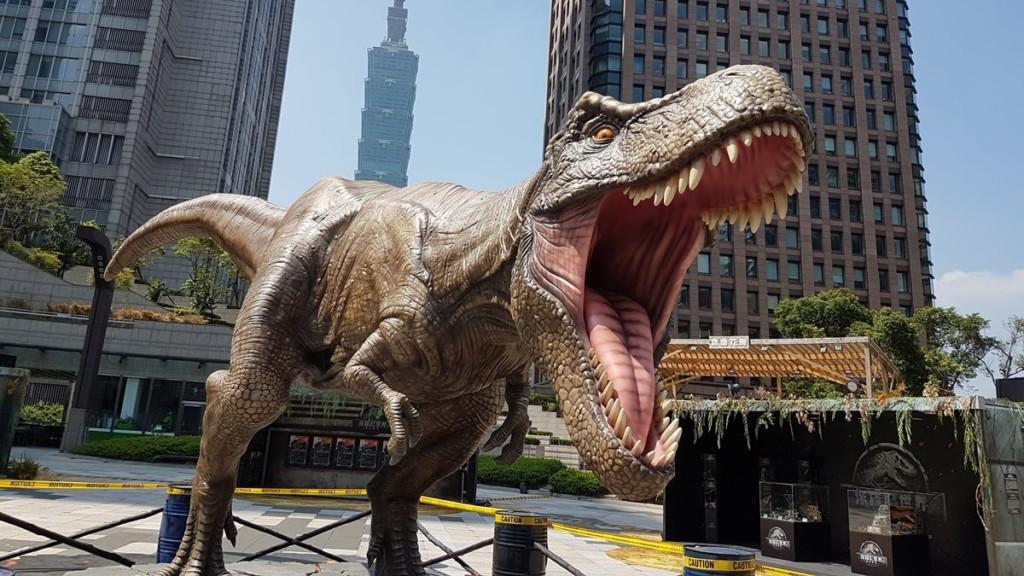 恐龍其實沒有很愛吃肉?在特大號巨龍眼中「人類根本不會成為目標」