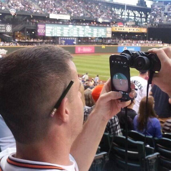 20張不靠濾鏡「只靠技巧」的照片 倒立拍照絕對超越網美假掰極限!