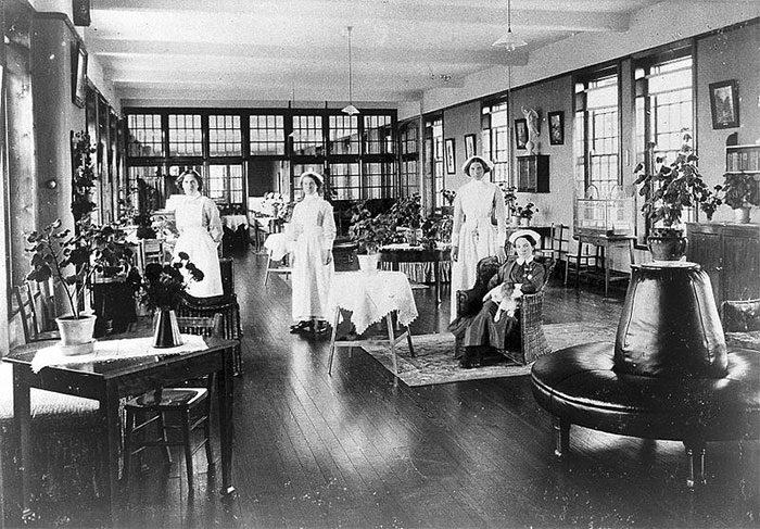 心理學家冒極大危險「派8人裝瘋混進精神.病院」 結果這些人都沒有再出來了