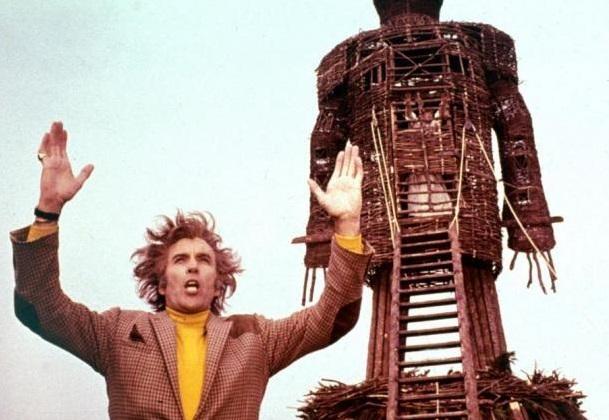 古歐洲愛用「柳條人」祭天!把活人裝進巨型編織像 一把火換你全家幸福