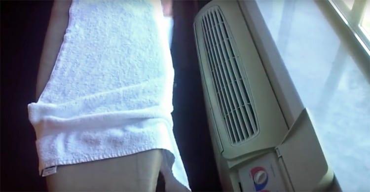 10張「聰明到可以報名生活智慧王」的住宿小撇步 想燙衣服直接掛在浴室開熱水!