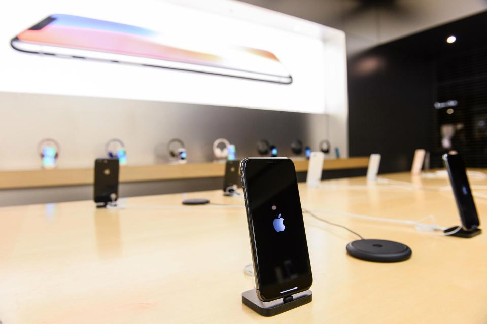 根本誇不得!蘋果ios12.1更新端上架 「手機直接黑屏謝幕」完全就是陷阱...BYE啦~