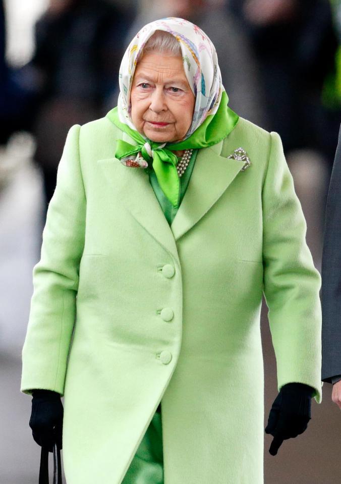 女王規定梅根與母親「吃完聖誕大餐要量體重」 沒變胖不准回來!