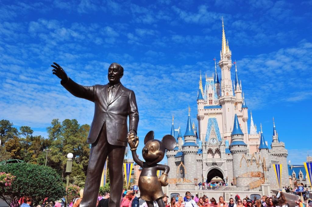 迪士尼將推「神奇喪禮」超有愛服務 長眠的親友隨時可以躺在米奇的懷中♥