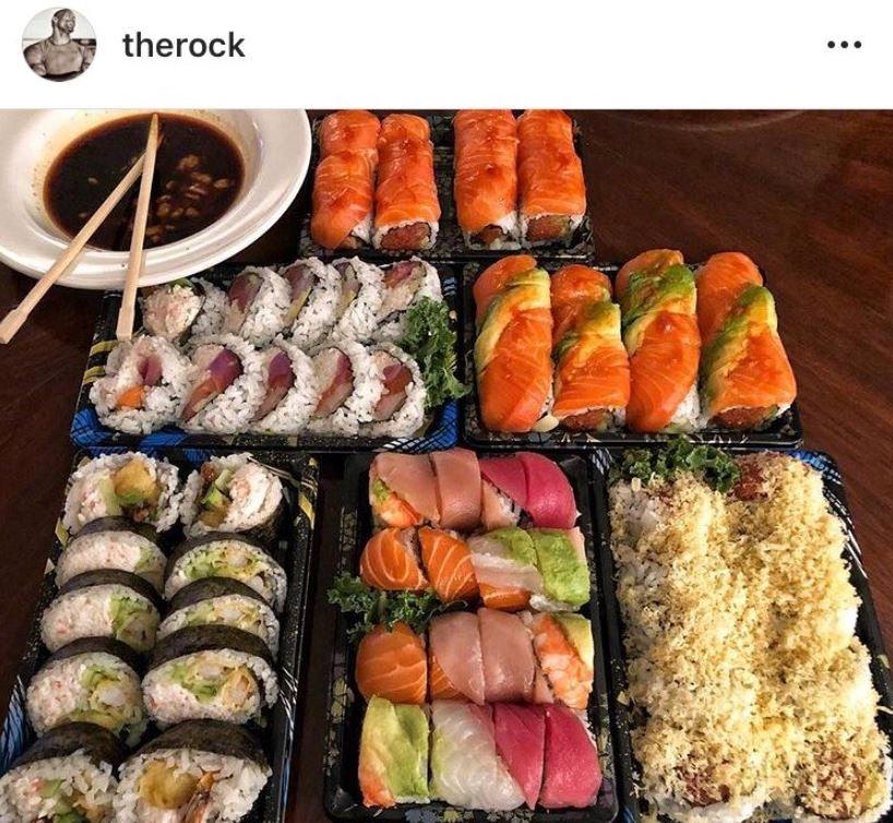 肌肉的秘密?網友驚見巨石強森IG「美食照」超怪異:他一個月來都吃同樣的...