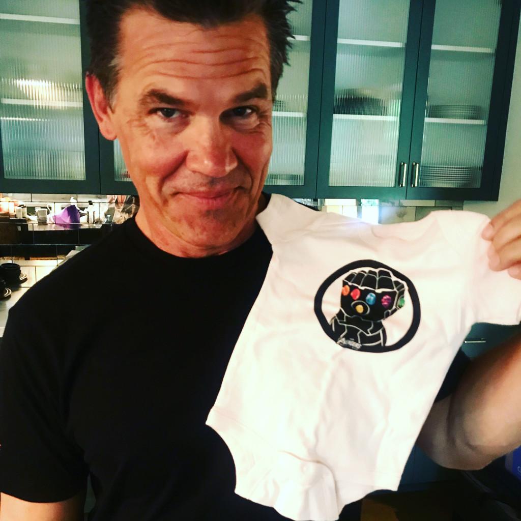 薩諾斯女兒誕生!一出生就穿上「無限寶石包屁衣」 可愛爆表讓老爸收起反派臉❤