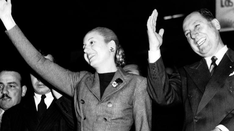 阿根廷第一夫人一生受人喜愛 逝後「被當展示品」每天都有人自願當陪送者!