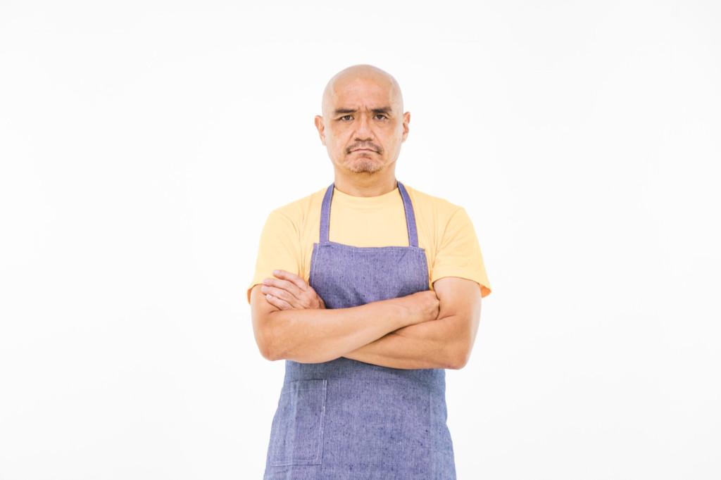 他點雞絲麵老闆問要不要「多加一隻雞」 送上後大傻眼網卻笑瘋:絕對是詐欺!
