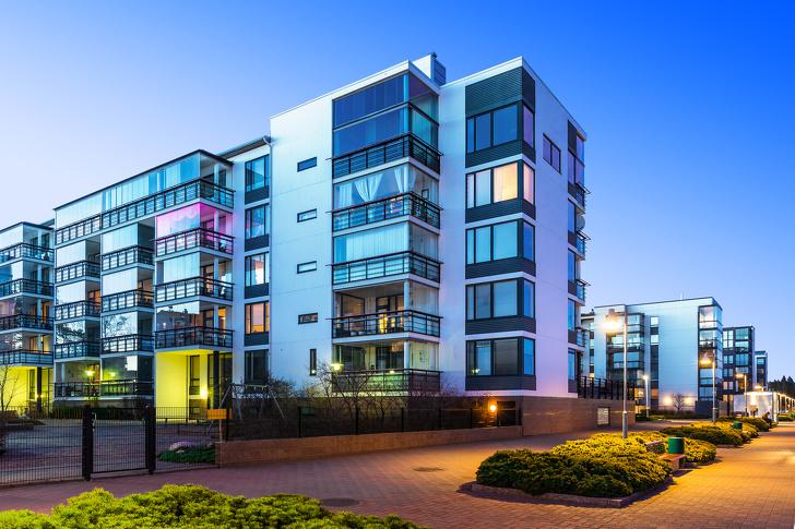 15個讓你「出門玩也不怕出事」的超神小撇步 飯店房間最好選2到4樓之間!