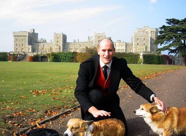 英皇室史上最大醜聞!記者臥底當男僕60天 帶假履歷報到...全程口袋裝相機拍下女王生活