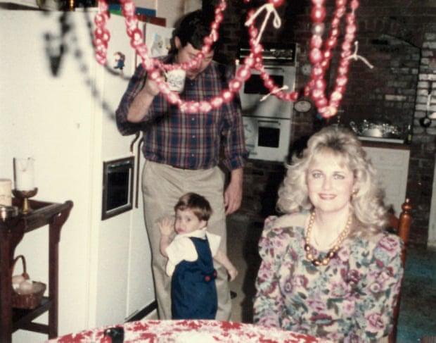 他出櫃被家人「花10萬送性向矯正營」 2周後媽媽反悔救出:我要活著的同性戀兒子!