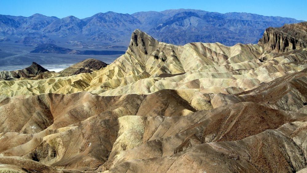 11個地球上「最接近地獄」的恐怖秘境 一碰到湖水馬上被石化!