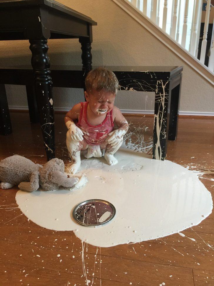 18個讓你懷疑「為什麼人類需要生小孩」的爆笑小屁孩照 你肯定知道自己都幹過這些蠢事!